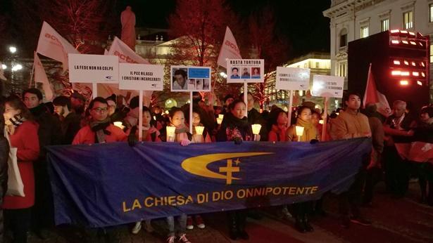 图3.全能神教会基督徒在米兰活动现场