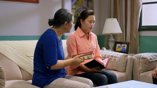 母亲给女儿传福音